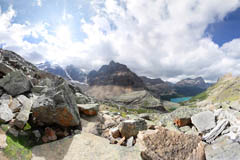 hiking lake o'hara british columbia canada, yoho national park, yukness mountain huber ledges